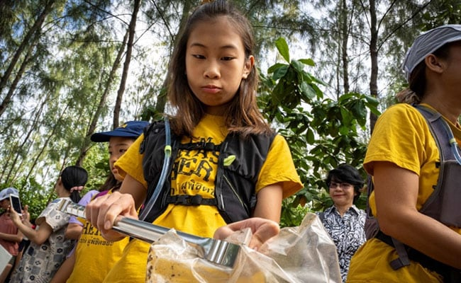 'Kid At War': Lilly, Asia's Greta Thunberg, On Mission To Clean Thailand