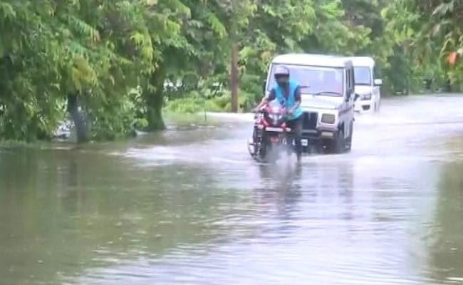 उत्तर प्रदेश में बारिश ने मचाई तबाही, अभी तक 93 लोगों की मौत