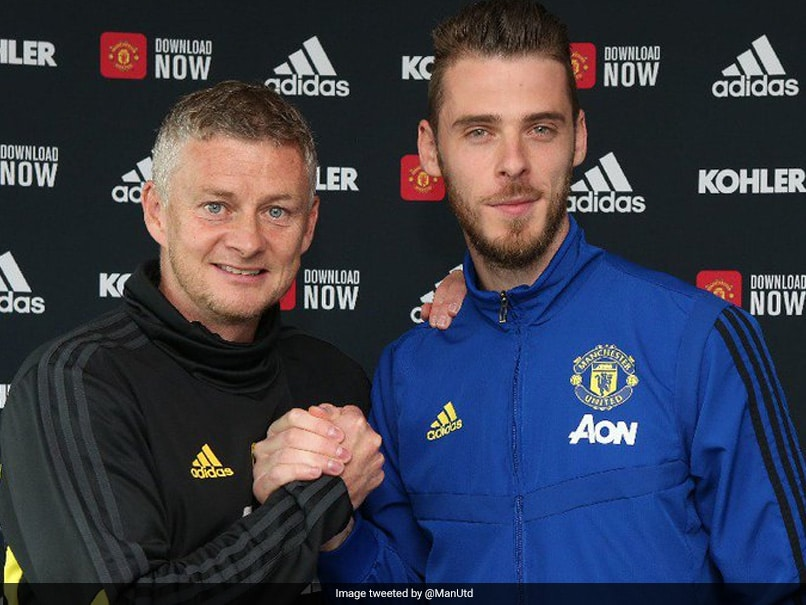 David De Gea Signs New Deal At Manchester United