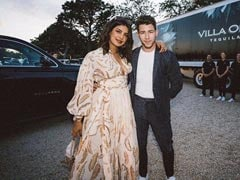 Nick Jonas Shows 'Life As It Should Be' In A Pic (With Priyanka Chopra By His Side)
