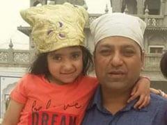 दिल्ली: इंडिया गेट पर बेकाबू डंपर ने 8 साल की बच्ची और उसके पिता को कुचला, मौके पर मौत