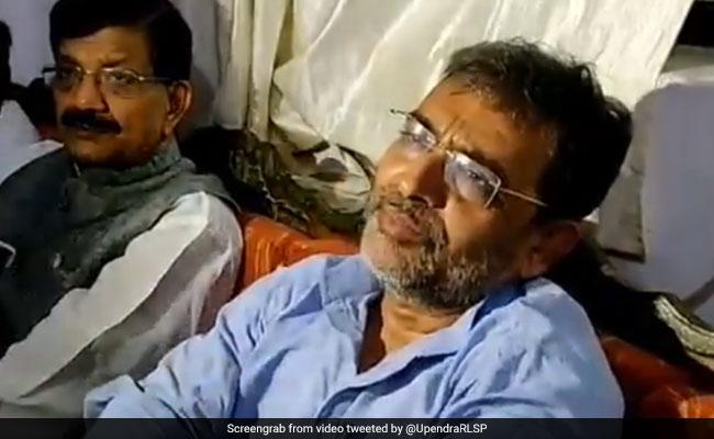 राम मनोहर लोहिया की पुण्यतिथि पर 12 अक्टूबर को बिहार में महागठबंधन का कार्यक्रम, तेजस्वी के शामिल होने पर संशय