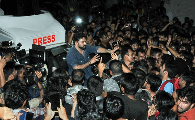 Jadavpur University Plans New Campus Rules After Babul Supriyo Incident
