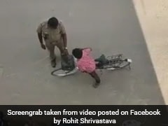 ट्रैफिक पुलिस ने काटा साइकिल वाले का 'चालान', जानिए Viral Video की सच्चाई