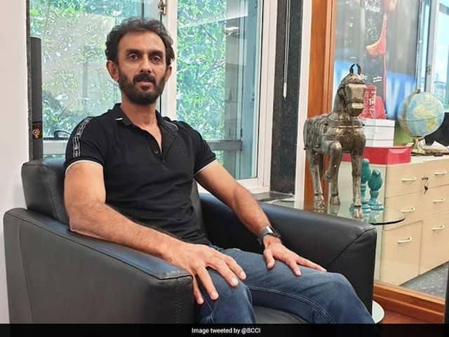 Vikram Rathour Backs Shreyas Iyer, Manish Pandey To Solve No. 4 Batting Order Problems