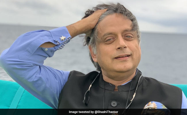 Twitter Fusses Over 'Kerfuffle' As Shashi Tharoor Shares Holiday Photos
