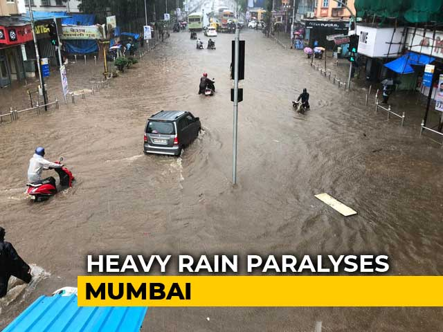 Video : Mumbai Schools Shut Today As Heavy Rain Forecast, Train Delays Reported