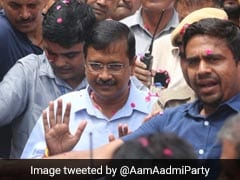 Arvind Kejriwal Visits Localities, Asks People To Check Mosquito Breeding