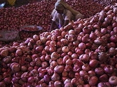Uttar Pradesh  BJP MP Offers Truck Full Of Onions To Opposition At Rs 25 A Kilo