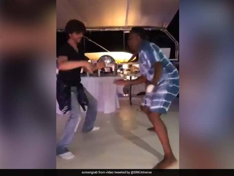Watch: Shah Rukh Khan, Dwayne Bravos Lungi Dance Rules The Tribango Knight Riders Party
