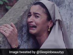 #WeMetOnTwitter: টুইটারে আজ মিম-ঝড় তুলেছে 'কে প্রথম কাছে এসেছি'র মজাদার গল্প