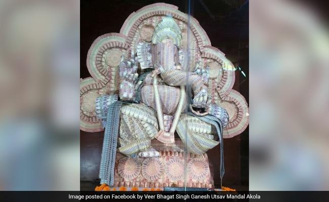 Ganesh Idol Made Of Currency Notes Worth 21 Lakhs In Maharashtra's Akola