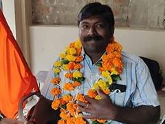 स्वामी विवेकानंद के विचारों के प्रचार-प्रसार के लिए कन्याकुमारी से दिल्ली स्कूटर से पहुंचे दिव्यांग आर. थंगराजा