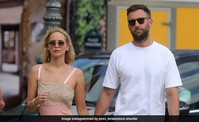 Jennifer Lawrence, Cooke Maroney's NYC Marriage Bureau Pics Spark Wedding Rumours