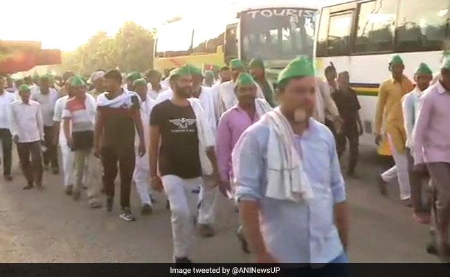 Priyanka Gandhi Attacks BJP After UP Farmers Stopped On Way To Delhi