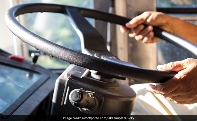 Noida Bus Driver Gets Challan For 'Not Wearing Helmet', Fined