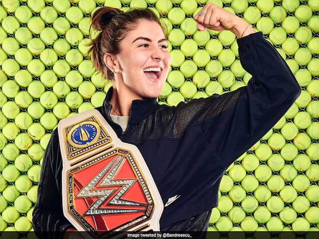 """""""Who Trynna Square Up?"""": US Open Champion Bianca Andreescu Wows Fans With Her Customised WWE Belt"""