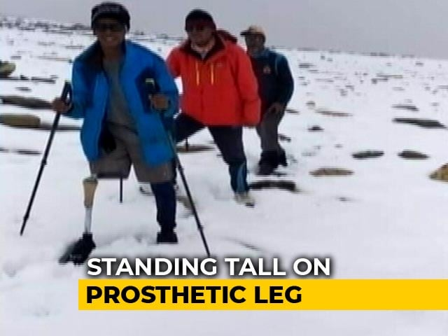 Video : Standing Tall On One Leg: Duo Climb Over 18,000 Feet, Create Record