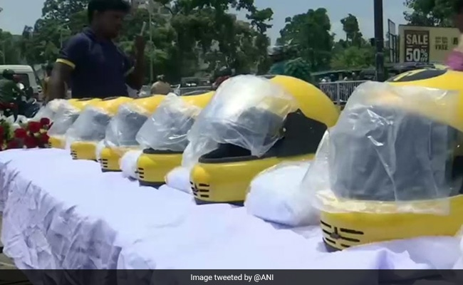 Roses And Free Helmets At Odisha's Awareness Drive On New Traffic Fines