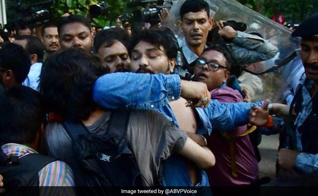 'Dear Auntie...': Babul Supriyo To Mother Of Student Who Assaulted Him