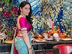 Ganesh Chaturthi 2019: Trishala Dutt's Reaction To Maanayata's Pic Is All Heart