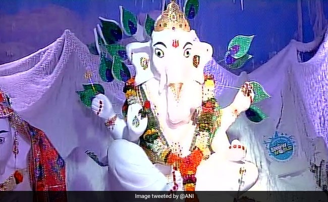 Ganesha Idol Made Of Over 500 kg Snow Steals Show In Mumbai
