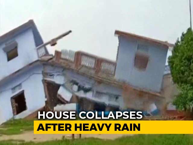 Video : House Collapses In Seconds In Rain-Hit Uttar Pradesh