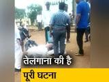 Video : अधिकारी के पैर पर गिरकर किसानों ने रखी अपनी मांग
