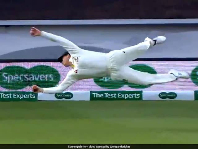 """""""Freak"""" Steve Smith Takes Incredible One-Handed Catch To Dismiss Chris Woakes. Watch Video"""