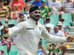 """Always Crying"": Harbhajan Singh Trolls Adam Gilchrist For ""No DRS"" Jibe"