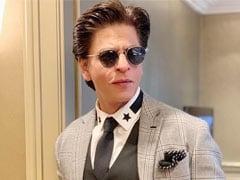 शाहरुख खान से फैन ने पूछा 'दशहरे पर Ra-One की सीडी क्यों नहीं जला देते' तो किंग खान का यूं आया जवाब