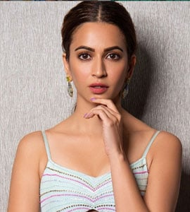 Trending: Pulkit's Comment On Rumoured Girlfriend Kriti Kharbanda's Post