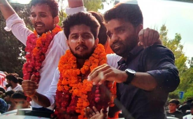 DUSU Election: अध्यक्ष सहित तीन पदों पर ABVP काबिज, NSUI को एक सीट पर मिली जीत