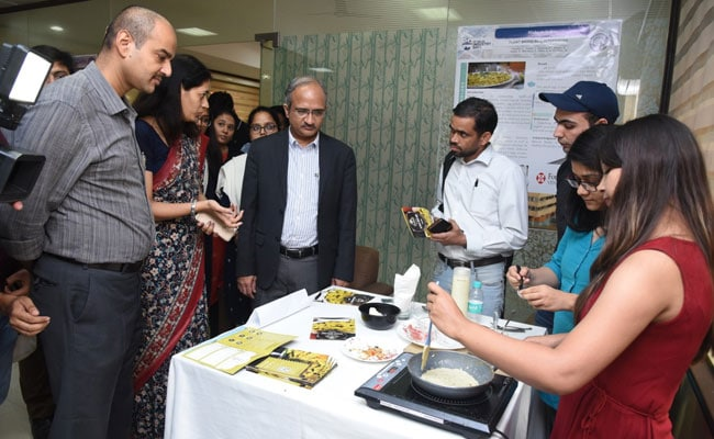 Plant-Based Scrambled Eggs, Waterless Shampoo On IIT Delhi's Industry Day