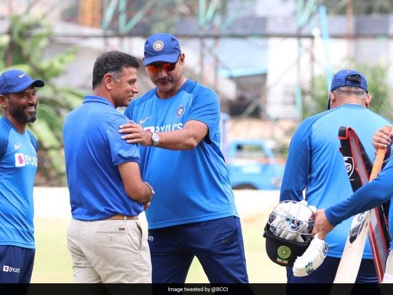 Rahul Dravid joins Team India, Ravi Shastri ahead of 3rd T20I against South Africa