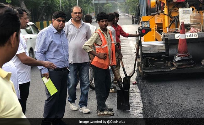 Noida Authorities Begin Using Plastic Waste In Construction Of Roads