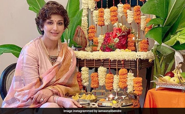 Ganesh Chaturthi: Sonali Bendre's 'Aarti On FaceTime' Story And Wishes From Other Stars