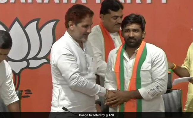 Olympic पदक विजेता रेसलर योगेश्वर दत्त BJP में हुए शामिल, लड़ सकते हैं विधानसभा चुनाव