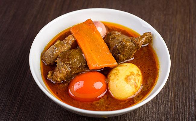 Durga Puja 2019: Puja Special Aminia Menu, Mutton Curry, Galawati Kebab, Firni