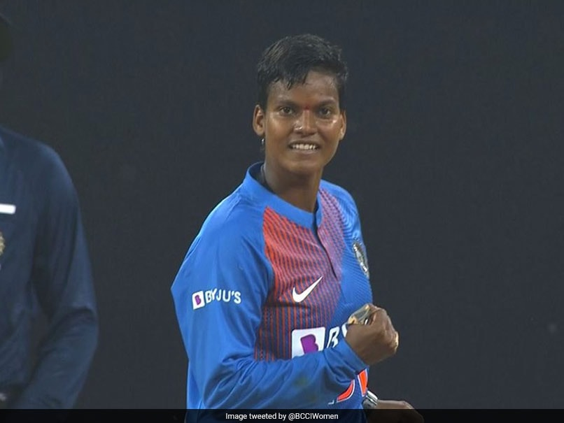 Deepti Sharma becomes 1st Indian cricketer to bowl 3 maidens in T20I