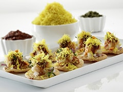 Indian Snack Recipe: This Bite-Sized Papdi Appetiser Is Sure To Be A Party Favourite