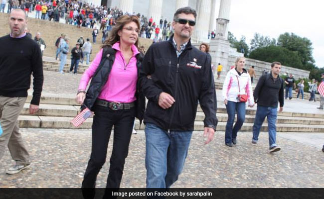 Sarah Palin's Husband Files For Divorce Over 'Incompatibility': Report