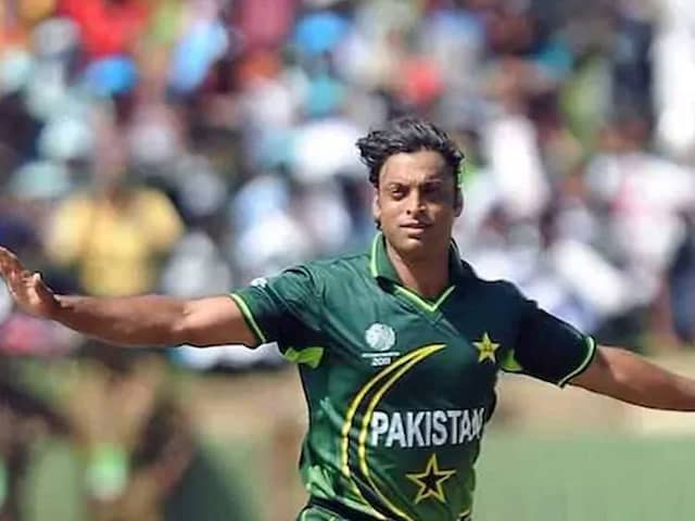 """""""Need To Fight It Together"""": Former Pakistan Stars Praise Move To Postpone PSL"""