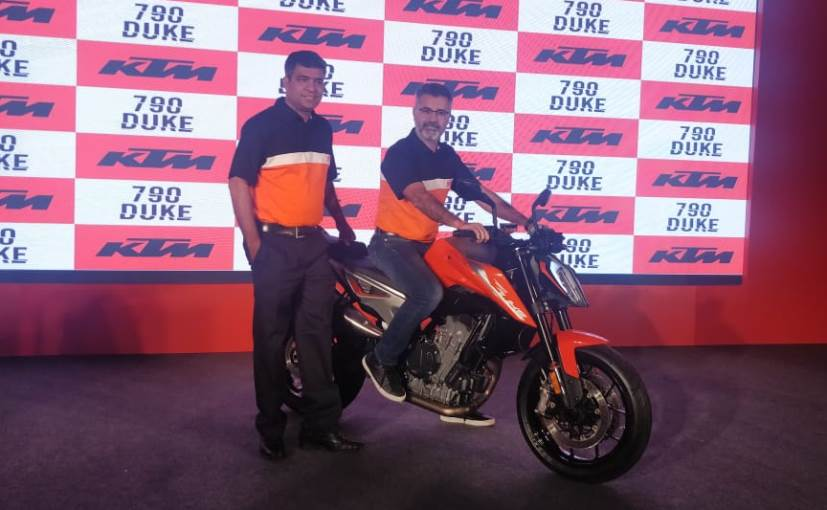KTM 790 Duke Launch: Vikas Iyer, Marketing Head and Sumeet Narang President Probiking Bajaj Auto