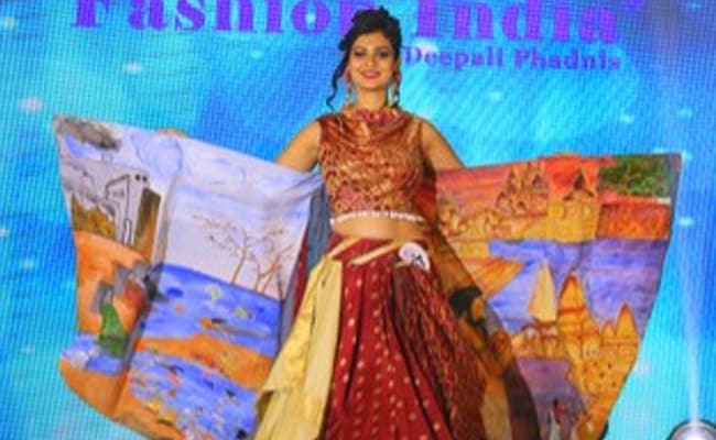 'Reduce, Reuse, Restyle': Models Spread Awareness On Textile Pollution