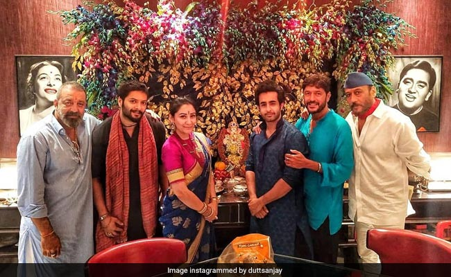 Inside Sanjay Dutt And Maanayata's Ganesh Chaturthi Celebrations With The Cast Of Prasthanam