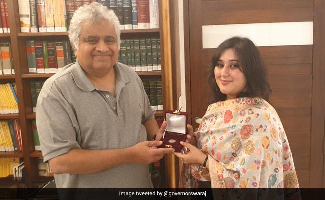 दिवंगत पूर्व विदेश मंत्री सुषमा स्वराज की 'आखिरी इच्छा' को बेटी ने कुछ इस तरह किया पूरा