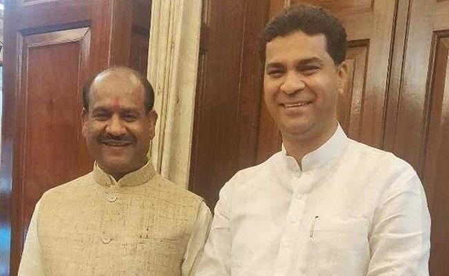 BJP Leader Charged For Tweet Mocking Kamal Nath, Jyotiraditya Scindia
