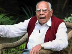 'A Fearless Legend Of Our Judiciary': Celebs Mourn Ram Jethmalani On Twitter