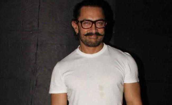 Aamir Khan 'Can't Wait To See' Priyanka Chopra And Farhan Akhtar's The Sky Is Pink